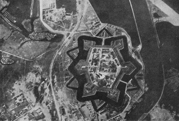 duenamuende1917.jpg